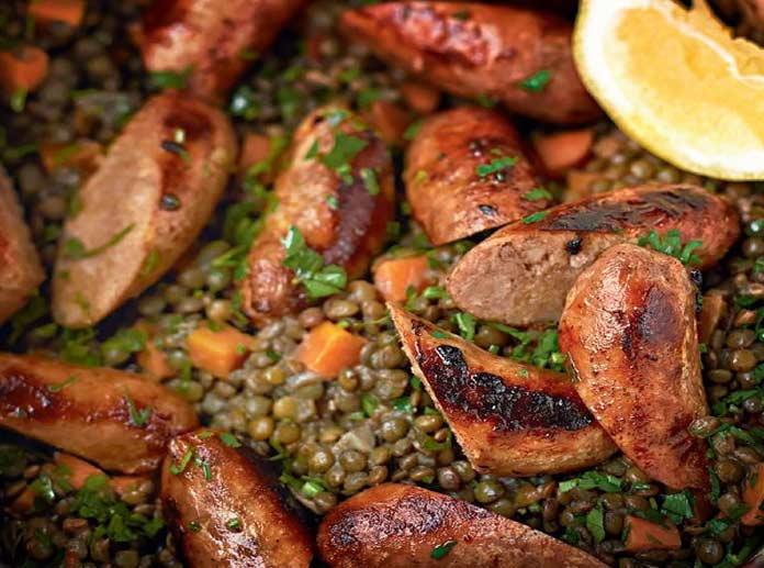 Italian Christmas sausage with lentils