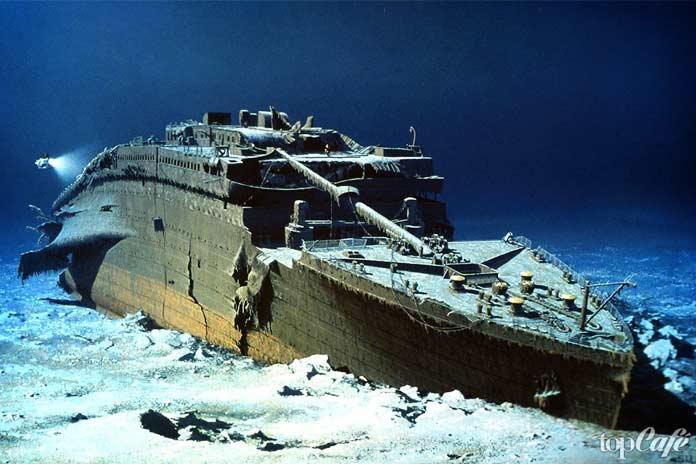 Титаник под водой