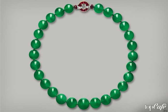 красивые ювелирные украшения: Hutton-Mdivani Jadeite Necklace