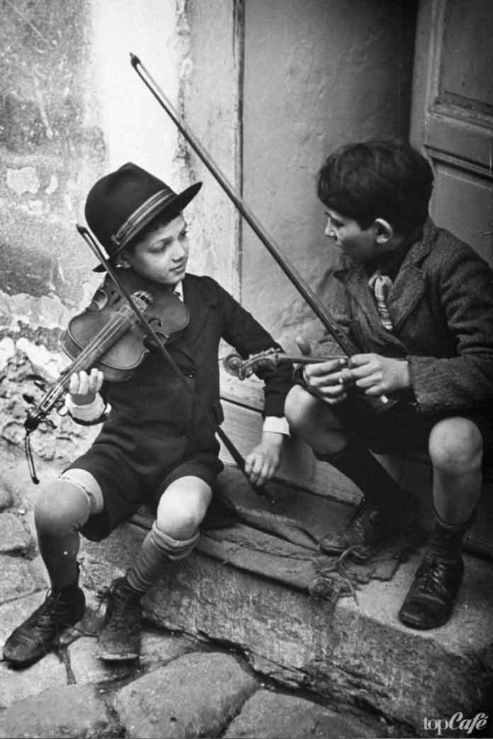 Дети на улице Будапешта