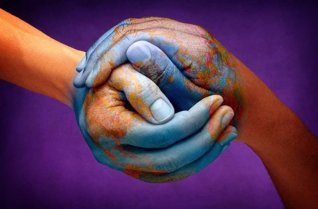 ТОП-7 самых необычных приветствий народов мира