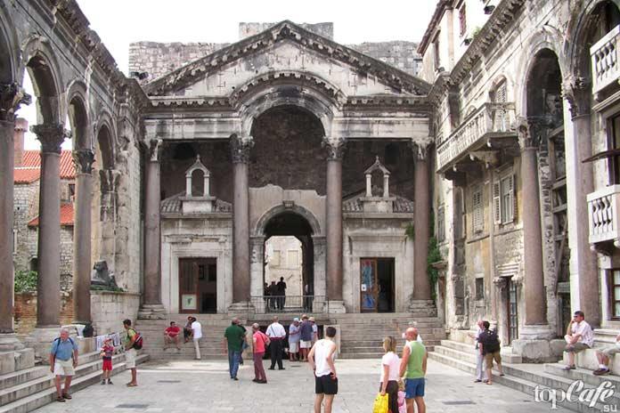 Самые популярные достопримечательности Сплита: Дворец Диоклетиана
