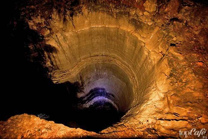 Мамонтова пещера в США