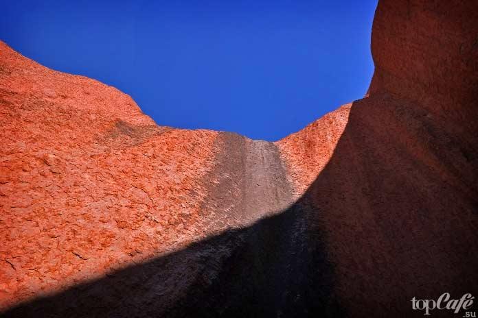 Стена скалы