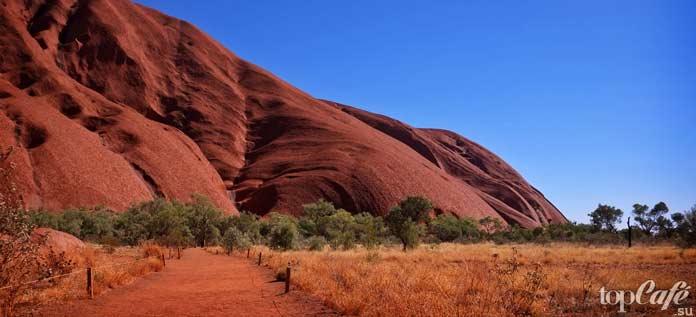 Красная скала Австралии