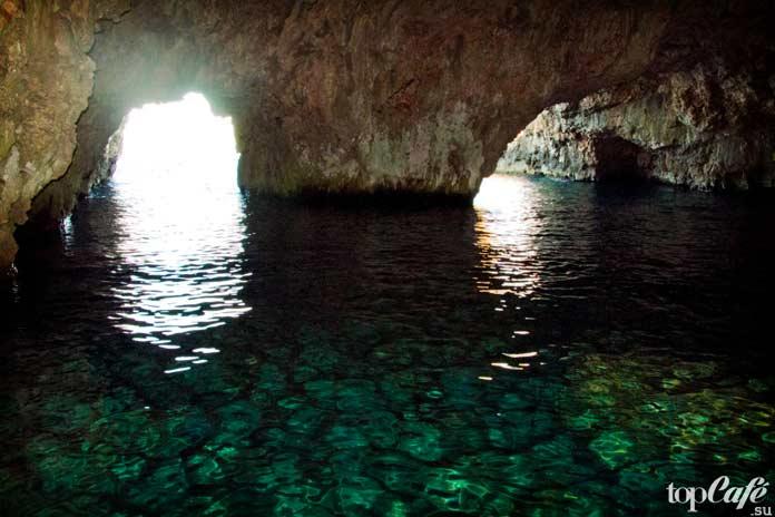 Зеленая пещера