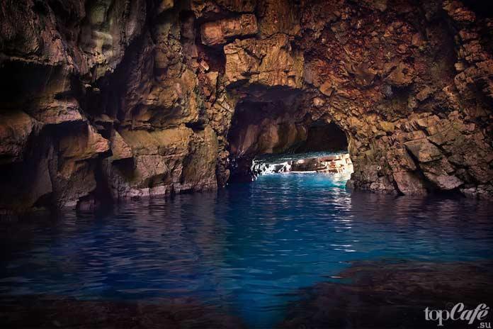 Пещера Одиссея - один из прекрасных гротов Хорватии