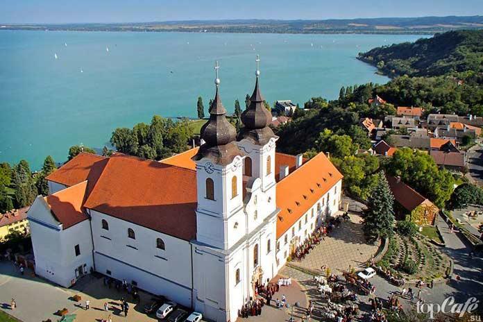 Тихань - одно из лучших мест для туризма в Венгрии
