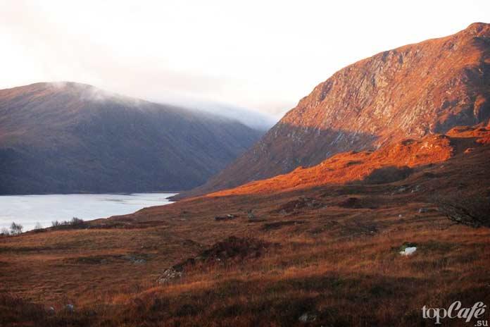 Национальный парк Гленвей в округе Донегол - одно из самых живописных мест Ирландии