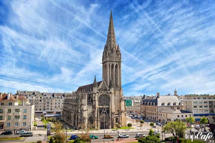 Готическая архитектура Франции: Церковь Сен-Пьер в Кане