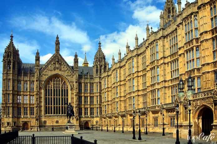 Английская готическая архитектура