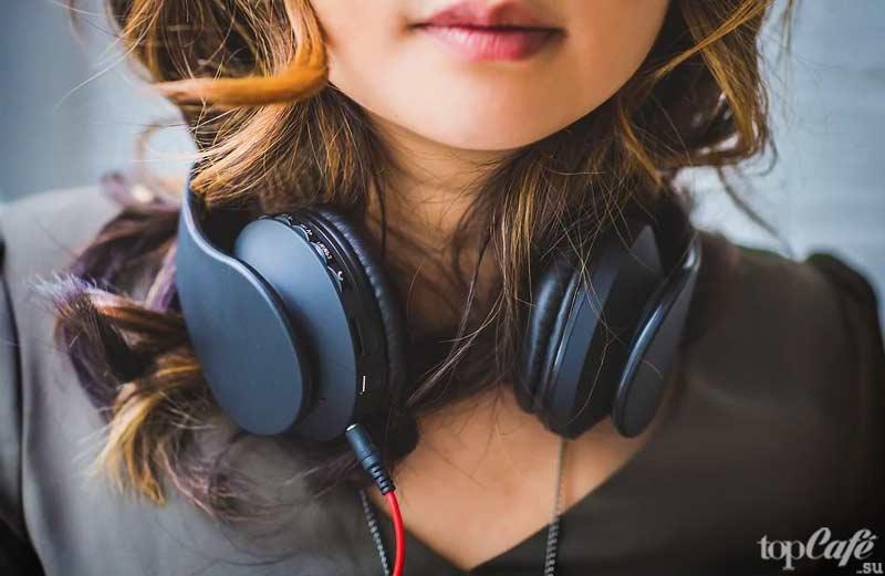 Музыка снимает беспокойство. CC0