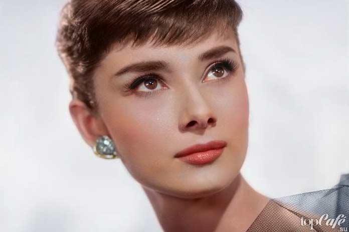 Одри Хепберн - одна из прекрасных актрис, получивших «Оскар»