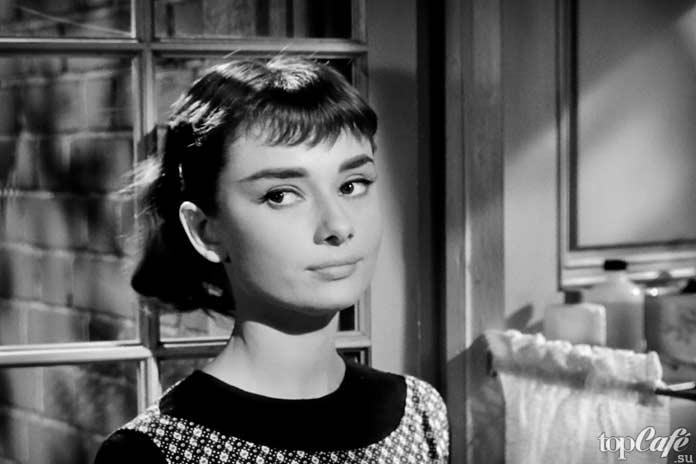 Список лучших фильмов с Одри Хепберн: Сабрина.1954