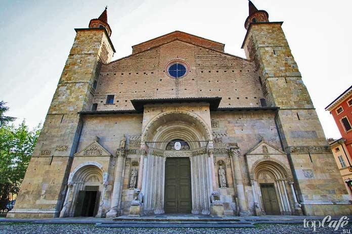Готическая архитектура Италии: Собор в Фиденце