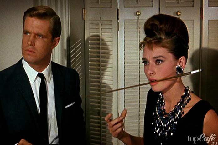 Список лучших фильмов с Одри Хепберн: Завтрак уТиффани.1961