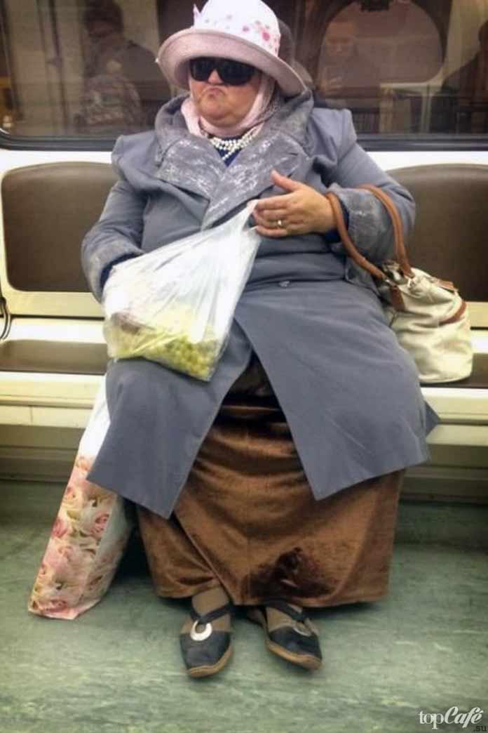 фотографии женщин в метро: Виноградная королева