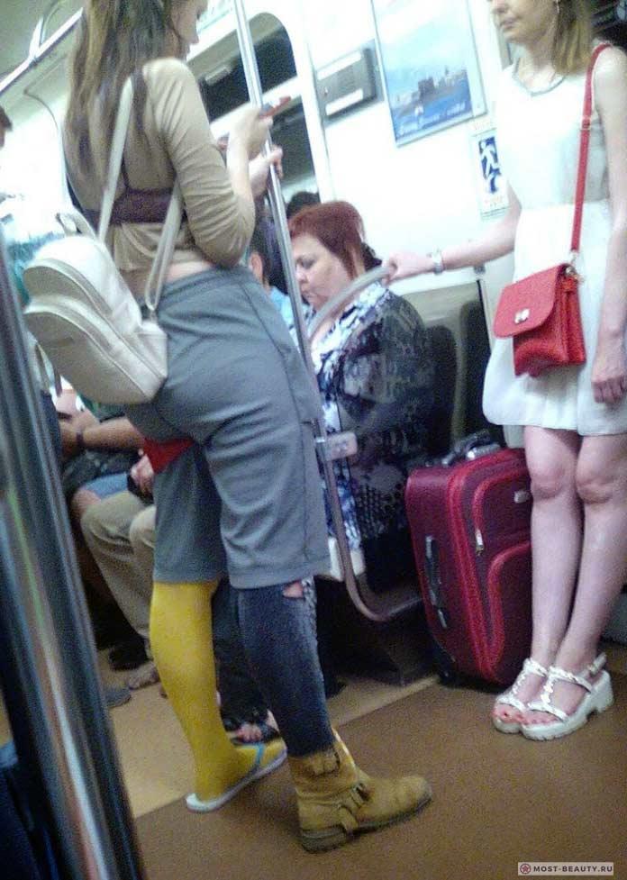 Фотографии женщин в метро: Прикольная одежда