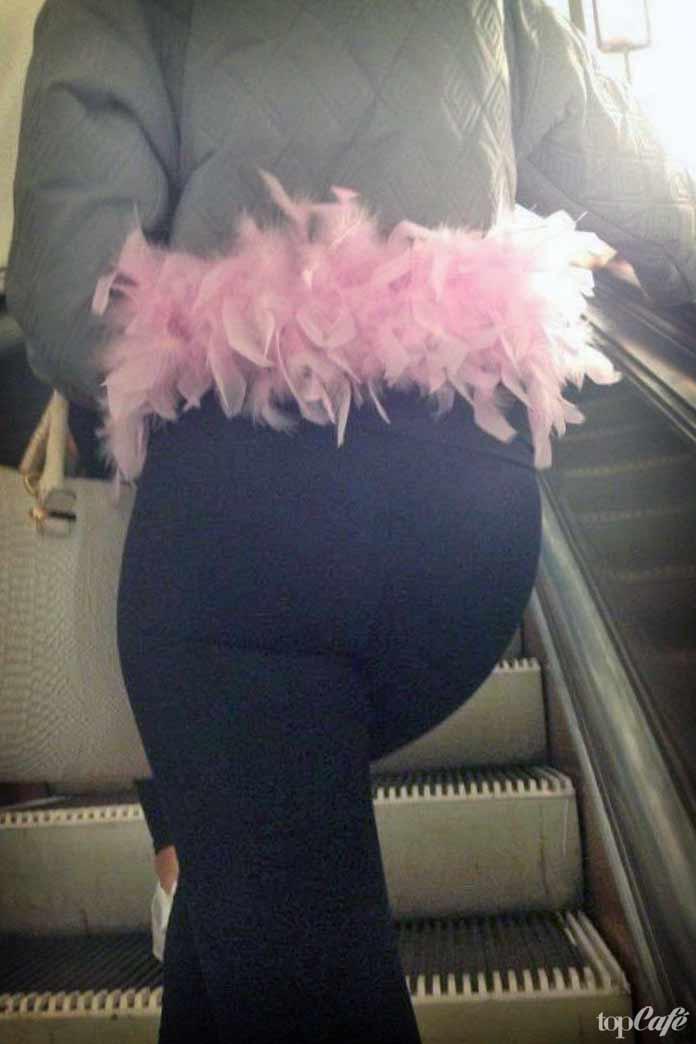 фотографии женщин в метро: Пояс или пачка