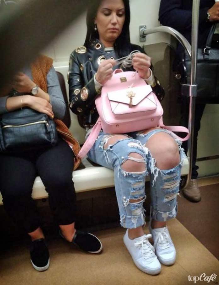 Красотка в метро