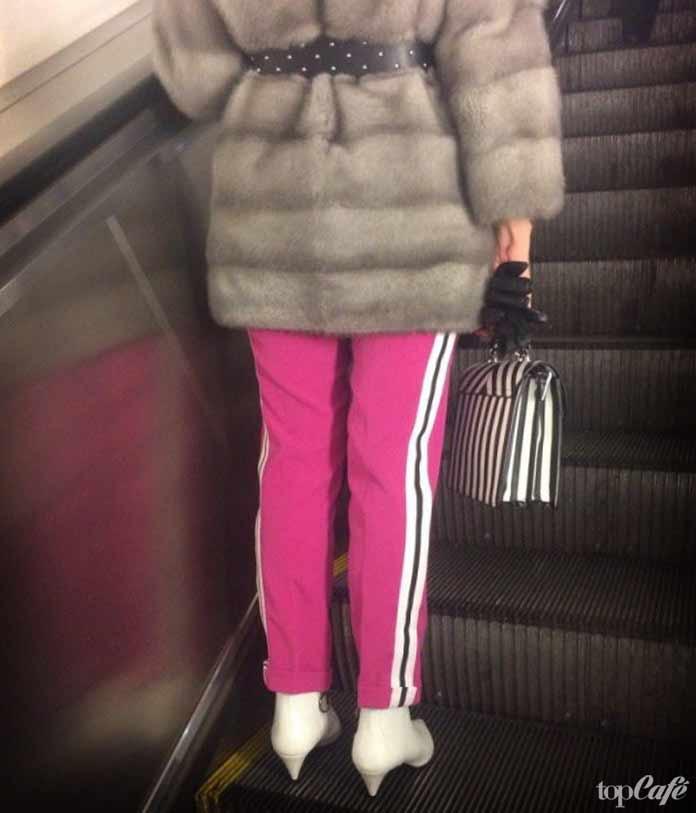 модные женщины в метро