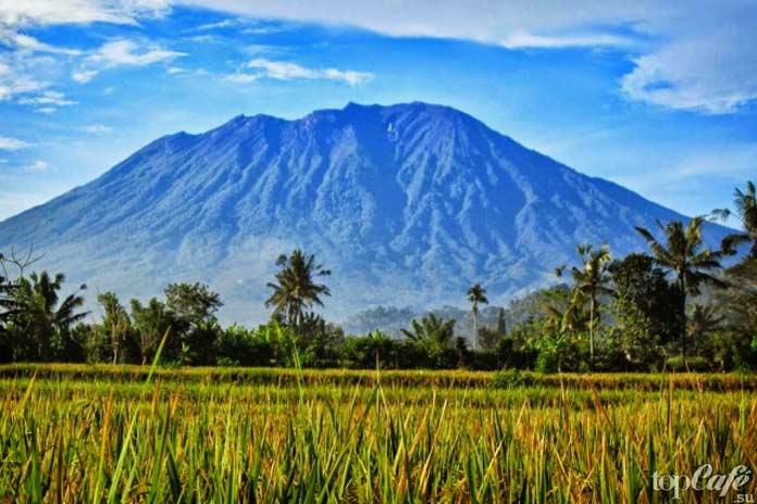 Агунг, Индонезия