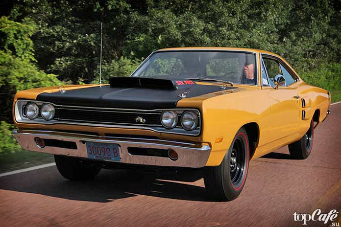 15 прикольных фактов об американских маслкарах: Dodge Super Bee A12
