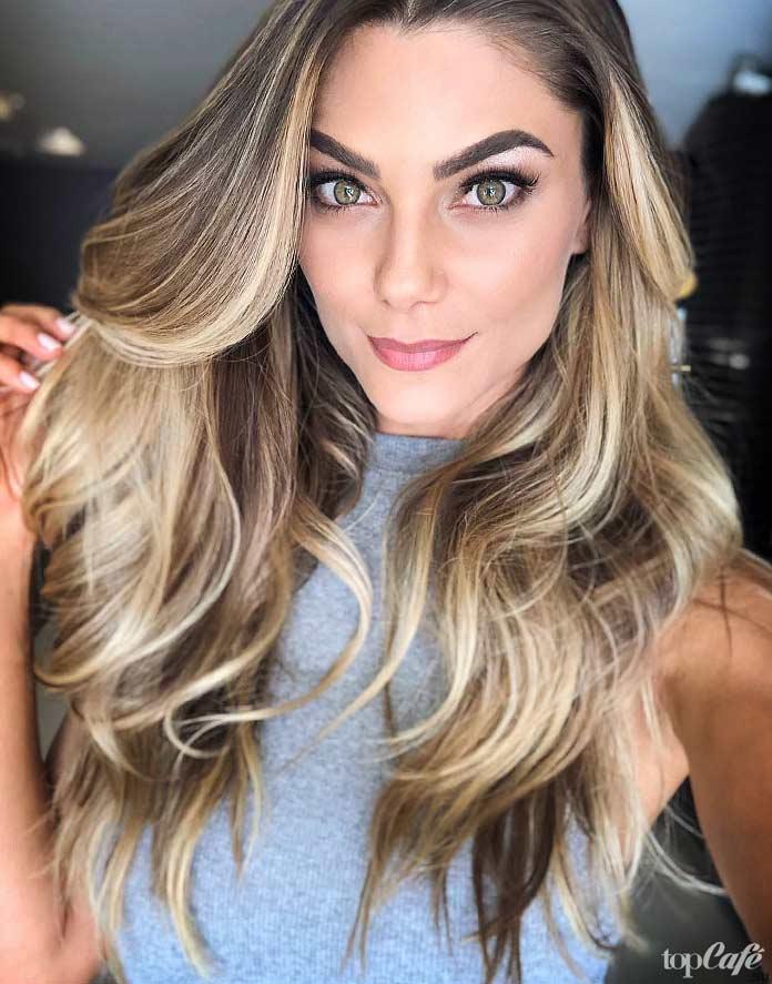 Карина Флорес - одна из самых горячих моделей Бразилии