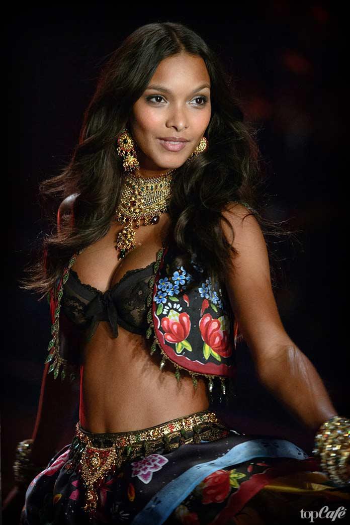 Лаис Рибейро - одна из самых знаменитых бразильских моделей