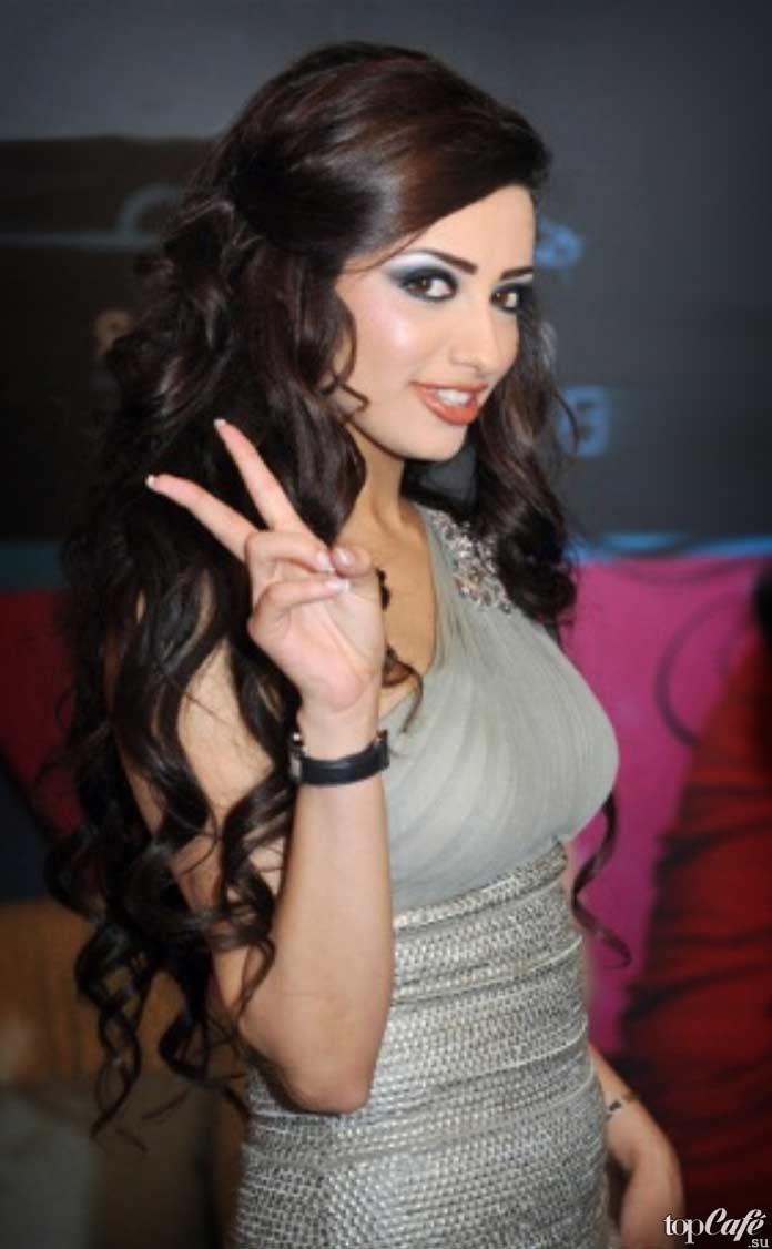 Мона Амарша - одна из самых красивых марокканок
