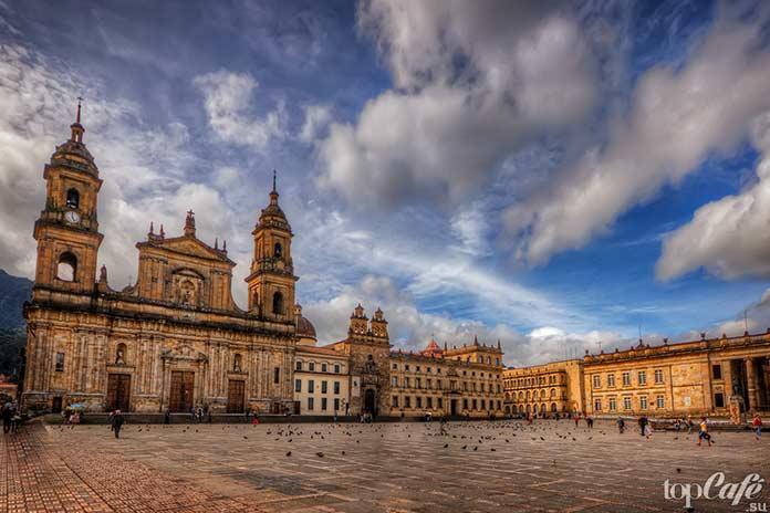 Главные достопримечательности Колумбии: Площадь Боливара