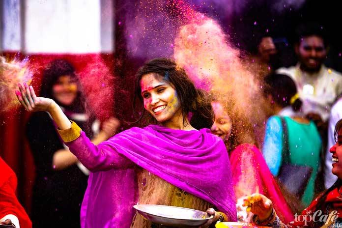 Холи Фагва (Индия)