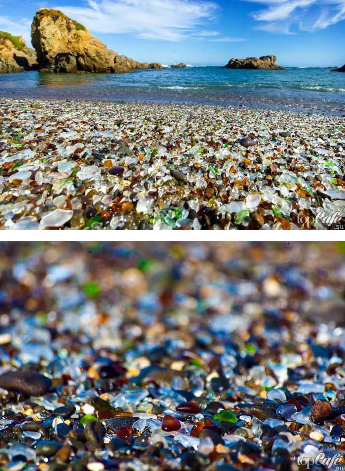 Необычный стеклянный пляж