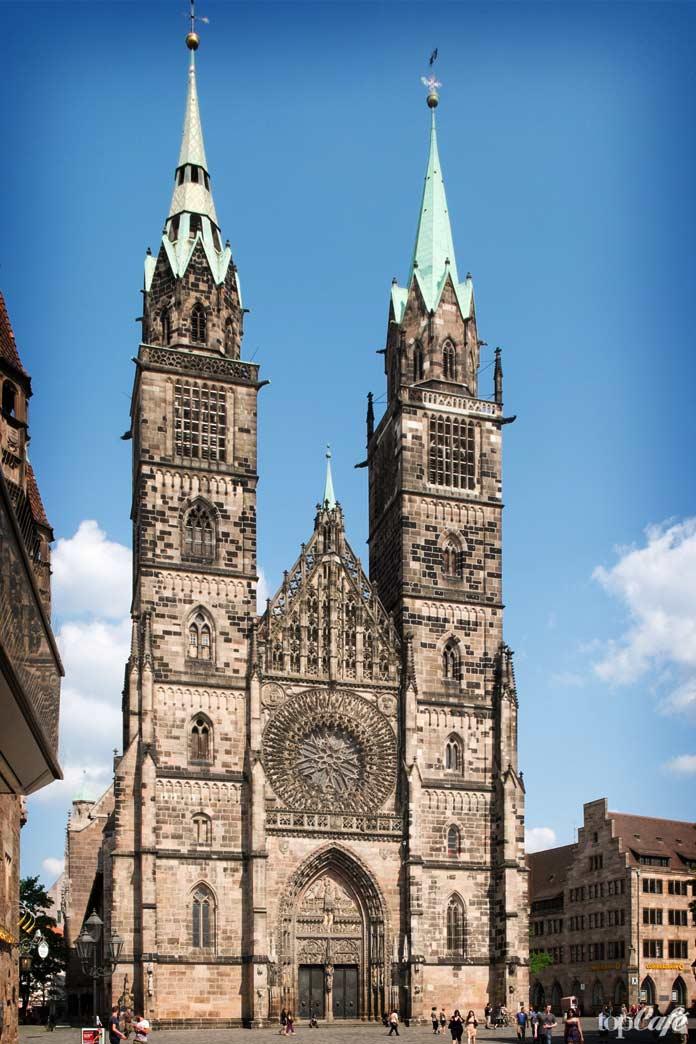 Список главных достопримечательностей Нидерландов: Церковь Святого Лаврентия