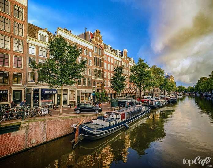 Список главных достопримечательностей Нидерландов: Канал в Амстердаме