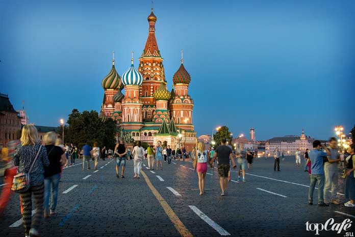 Красная площадь - одна из самых европейских площадей