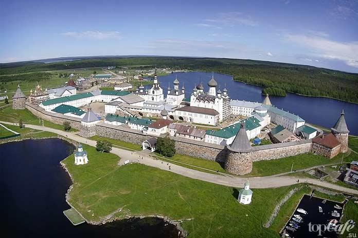 Церкви России, которые были перепрофилированы: Соловецкий монастырь