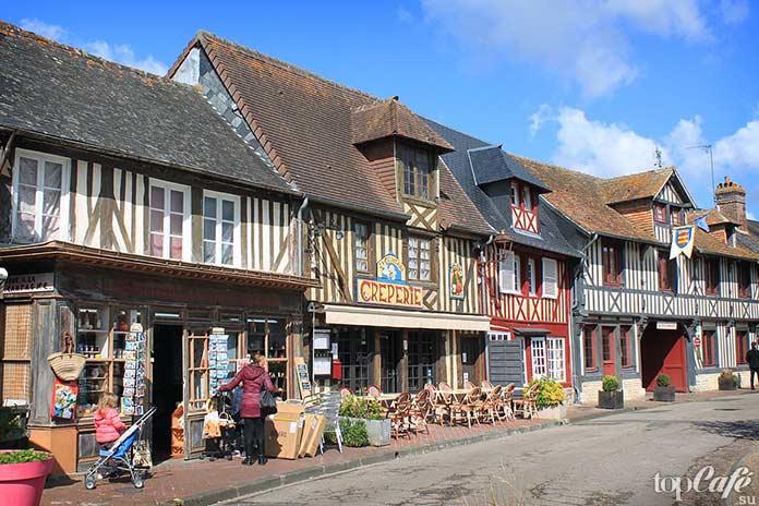 20 самых красивых деревень во Франции: Beuvron en Auge. CC0