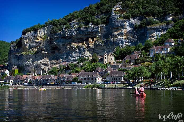 20 самых красивых деревень во Франции: La Roque Gageac. CC0