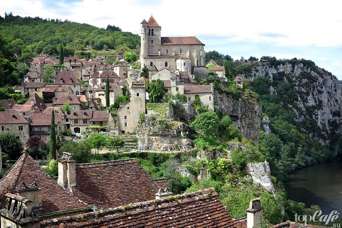 20 самых красивых деревень во Франции: Saint Cirq Lapopie. CC0