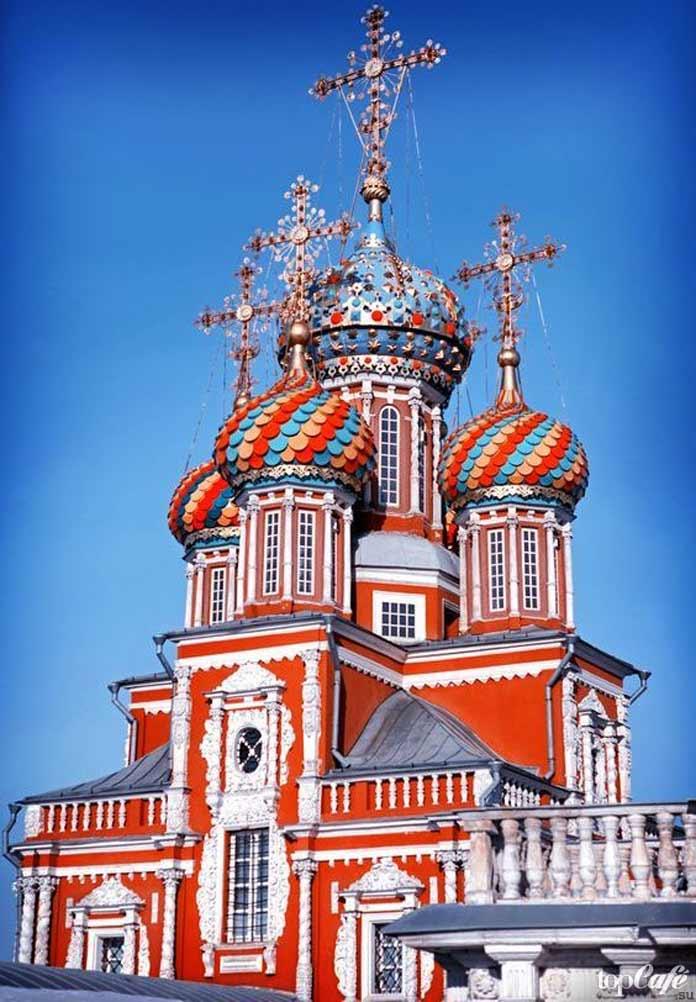 Строгановская церковь - одна из самых красивых русских церквей