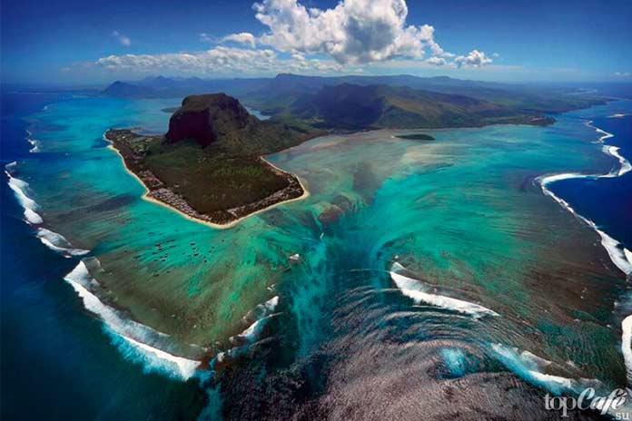 ТОП-10 фактов об океане. Подводный водопад
