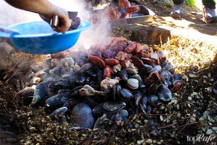Куранто аль Хойо - одно из вкуснейших блюд в Чили