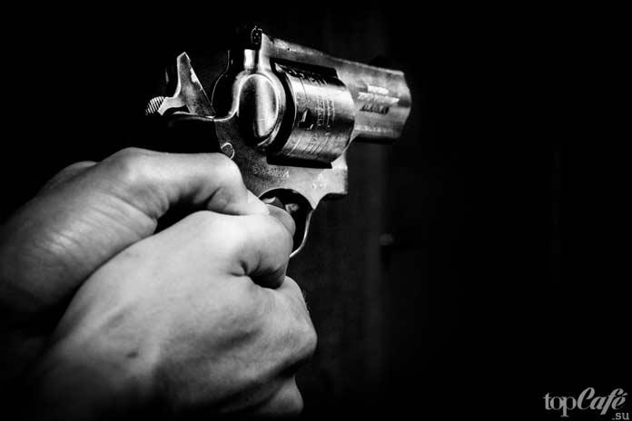 Пистолет - орудие убийства. CC0
