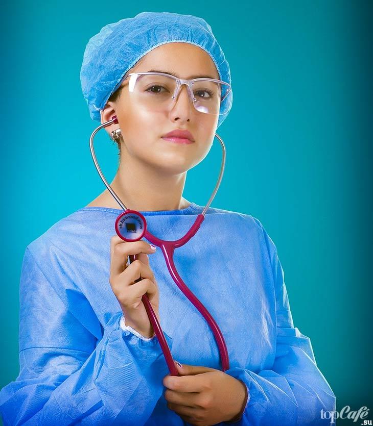 Девушка доктор. CC0