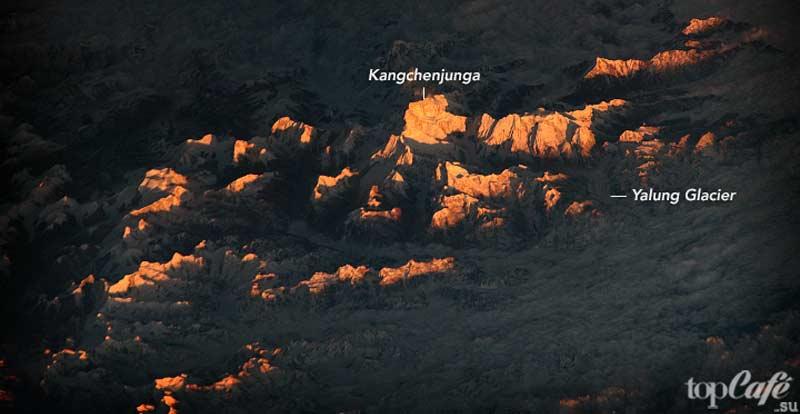 опасные горы Канченджанга cc0